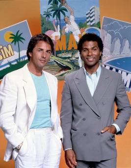 miami-vice-detective-ricardo-tubbs-james-crockett-promo-style-picture-800x1031